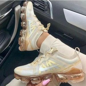 Nike Air VaporMax Cream Light Bone Sneakers